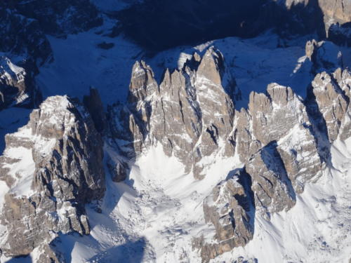 Dolomiten während einer Alpenüberquerung im Ballon